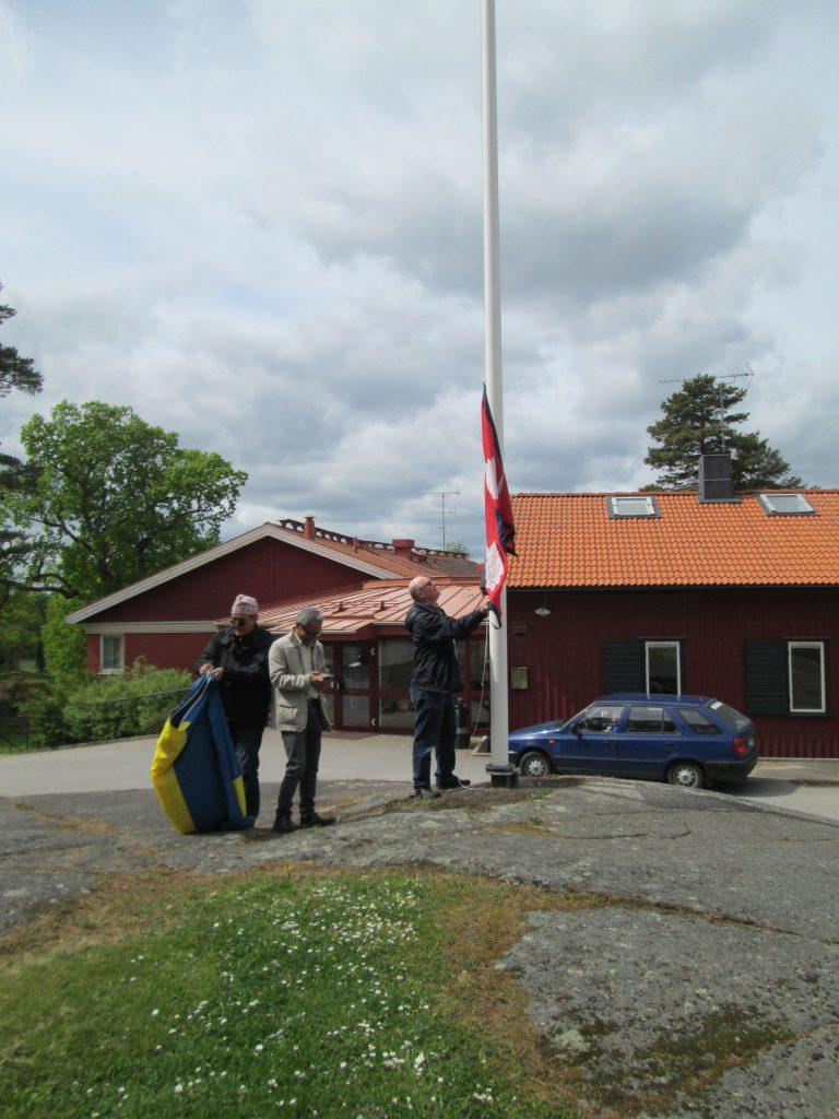 Vårdnäs 2016 flagghissning